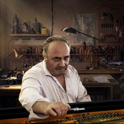 """""""Provozní náklady"""" nových klavírů a pianin"""